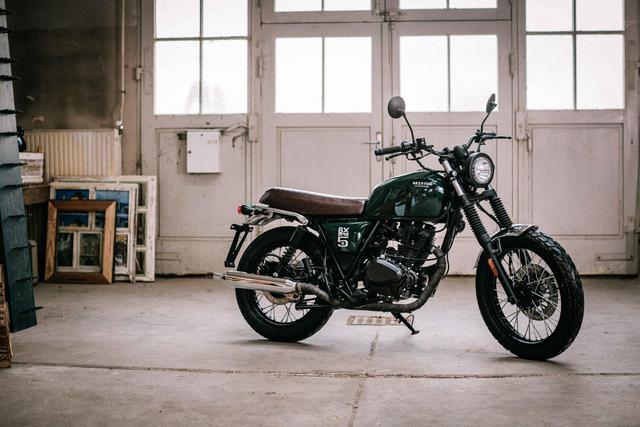 Rộ tin đồn mô tô đậm chất cổ điển Brixton BX 125 sắp được bán tại Việt Nam - Ảnh 1.