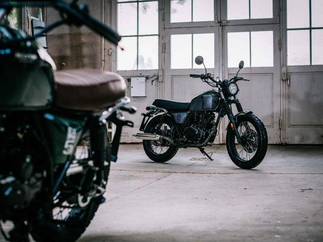 Rộ tin đồn mô tô đậm chất cổ điển Brixton BX 125 sắp được bán tại Việt Nam - Ảnh 8.