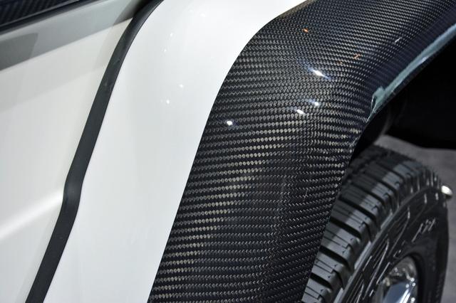 Soi kỹ SUV nhà giàu Mercedes-Maybach G650 Landaulet ngoài đời thực - Ảnh 6.
