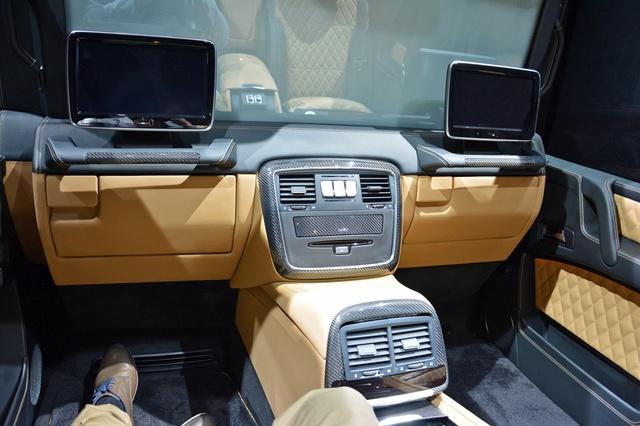 Soi kỹ SUV nhà giàu Mercedes-Maybach G650 Landaulet ngoài đời thực - Ảnh 13.