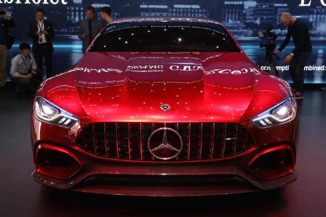 Mục sở thị vẻ đẹp của coupe 4 cửa hạng sang Mercedes-AMG GT Concept - Ảnh 6.