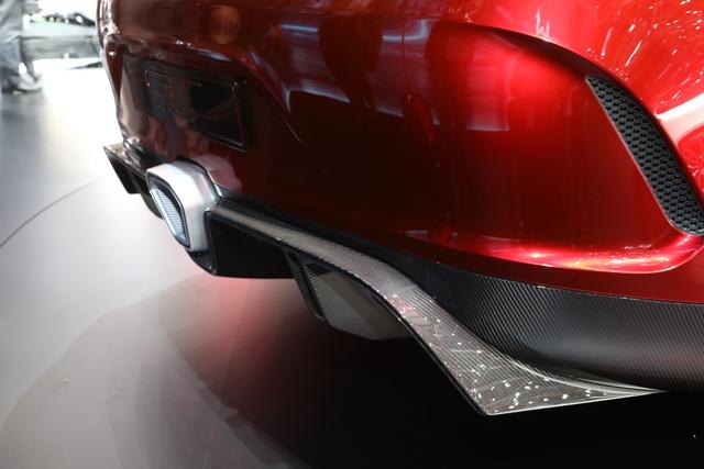 Mục sở thị vẻ đẹp của coupe 4 cửa hạng sang Mercedes-AMG GT Concept - Ảnh 7.