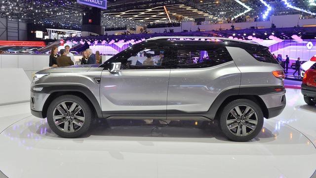 Làm quen với Ssangyong XAVL - xe crossover 7 chỗ lai minivan - Ảnh 7.
