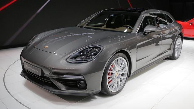 Vừa ra mắt tại triển lãm Geneva 2017, Porsche Panamera Sport Turismo đã có giá ở Việt Nam - Ảnh 2.