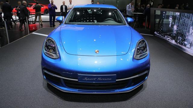 Vừa ra mắt tại triển lãm Geneva 2017, Porsche Panamera Sport Turismo đã có giá ở Việt Nam - Ảnh 10.