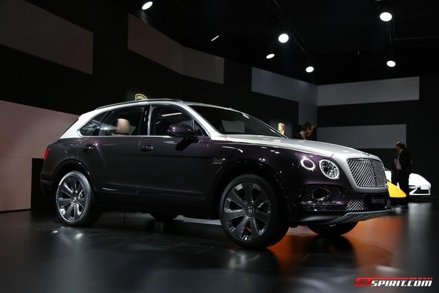 Cận cảnh SUV nhà giàu Bentley Bentayga Mulliner bằng xương, bằng thịt - Ảnh 4.