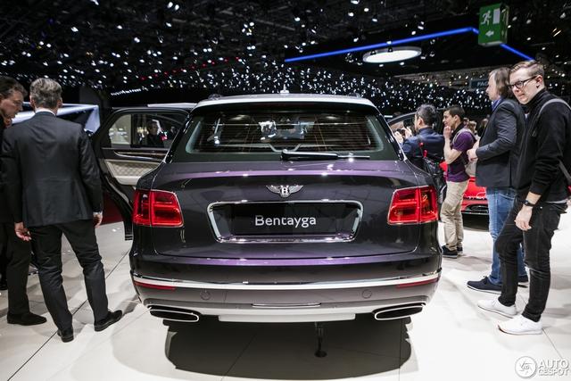 Cận cảnh SUV nhà giàu Bentley Bentayga Mulliner bằng xương, bằng thịt - Ảnh 11.