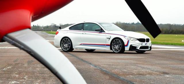 Mua BMW M4 đặc biệt được cho không siêu mô tô S1000RR 2017 và đồng hồ đeo tay - Ảnh 8.