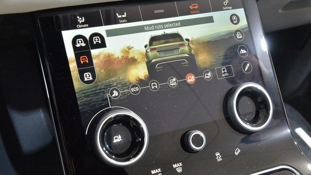 Chi tiết phiên bản đặc biệt đầu tiên của SUV hạng sang Range Rover Velar - Ảnh 12.