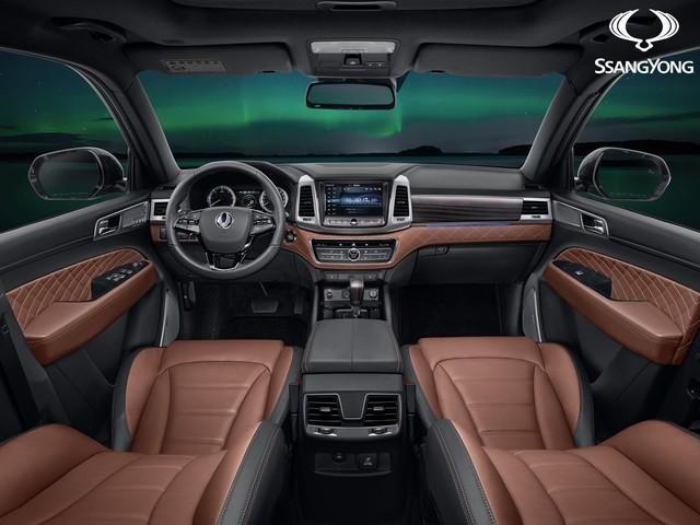 Ssangyong Rexton 2017 - Xe SUV tham vọng cạnh tranh với Land Rover Discovery - Ảnh 2.