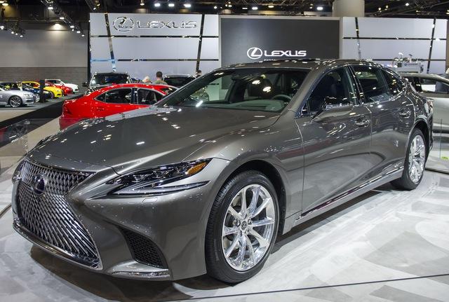Chiêm ngưỡng vẻ đẹp ngoài đời thực của xe sang cỡ lớn Lexus LS500h 2018 - Ảnh 3.
