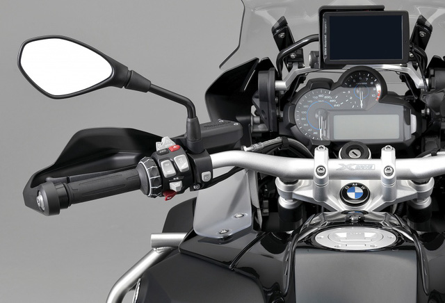 BMW tung ra phiên bản hybrid của mô tô ăn khách R1200GS - Ảnh 1.