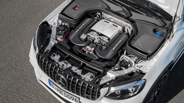 Cặp đôi SUV hiệu suất cao Mercedes-AMG GLC63 và GLC63 Coupe 2018 hiện nguyên hình - Ảnh 2.