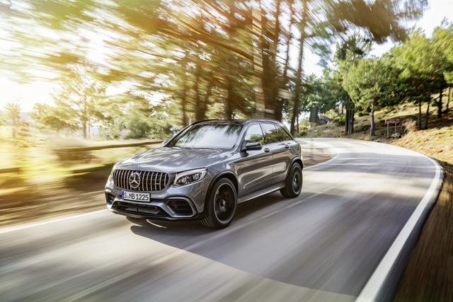 Cặp đôi SUV hiệu suất cao Mercedes-AMG GLC63 và GLC63 Coupe 2018 hiện nguyên hình - Ảnh 3.