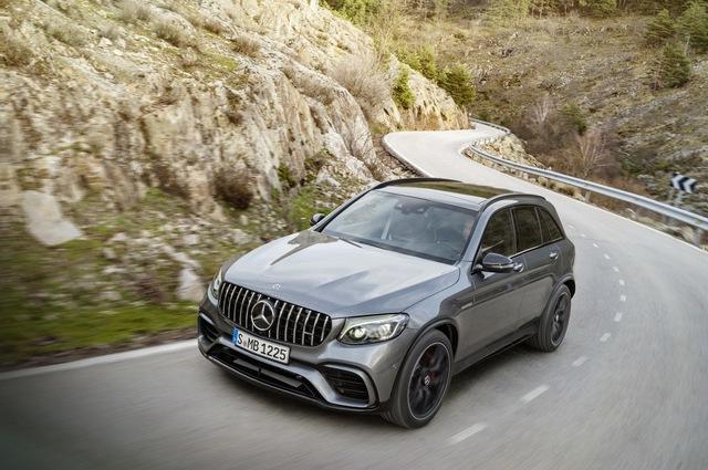 Cặp đôi SUV hiệu suất cao Mercedes-AMG GLC63 và GLC63 Coupe 2018 hiện nguyên hình - Ảnh 9.