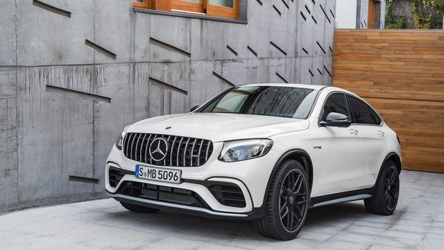 Cặp đôi SUV hiệu suất cao Mercedes-AMG GLC63 và GLC63 Coupe 2018 hiện nguyên hình - Ảnh 14.