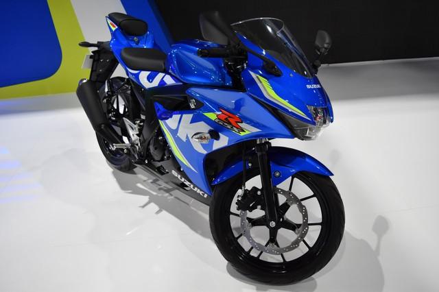 Mô tô thể thao Suzuki GSX-R150 tiếp tục ra mắt tại Thái Lan, giá từ 56 triệu Đồng - Ảnh 1.