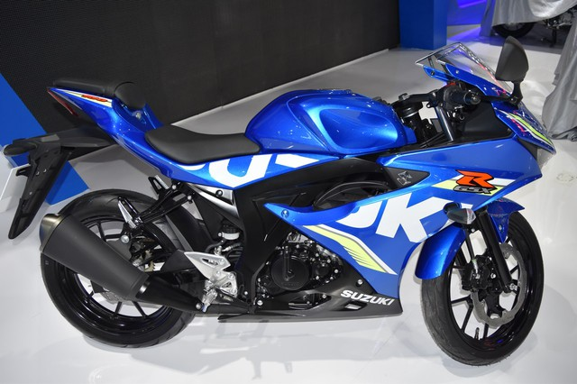 Mô tô thể thao Suzuki GSX-R150 tiếp tục ra mắt tại Thái Lan, giá từ 56 triệu Đồng - Ảnh 4.