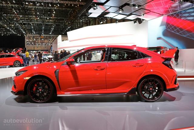 Bắt gặp Honda Civic Type R 2018 khoe tiếng pô trên đường phố - Ảnh 7.