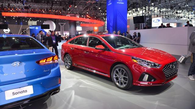 Hyundai Sonata 2018 phiên bản quốc tế trình làng, sẵn sàng đối đầu Toyota Camry - Ảnh 2.