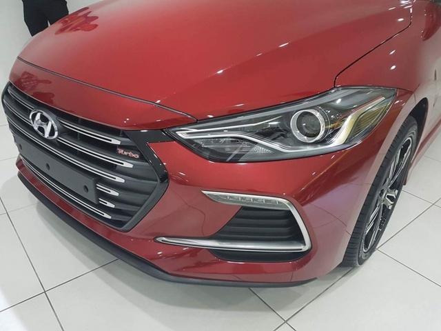 Hyundai Elantra Sport 2017 rục rịch ra mắt Đông Nam Á - Ảnh 3.