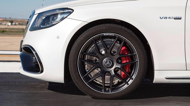 Chi tiết cặp xe sang thể thao Mercedes-AMG S63 và S65 2018 - Ảnh 7.