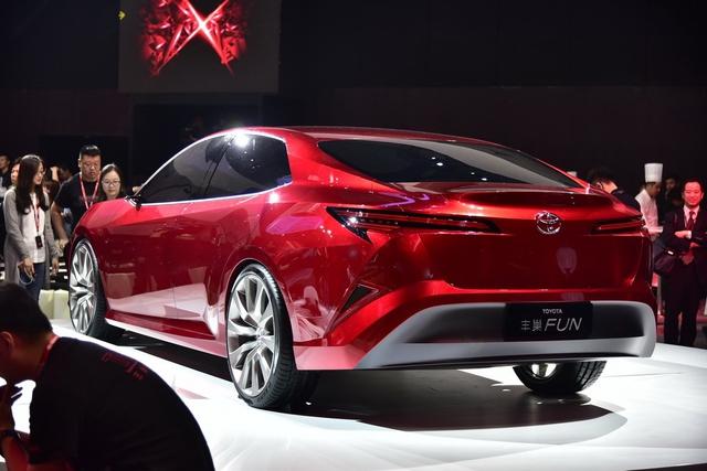 Đây là hình ảnh xem trước của Toyota Camry 2018 cho châu Á - Ảnh 7.