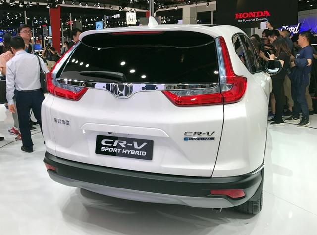 Honda giới thiệu CR-V 2017 phiên bản tiết kiệm xăng không có ở Việt Nam - Ảnh 3.
