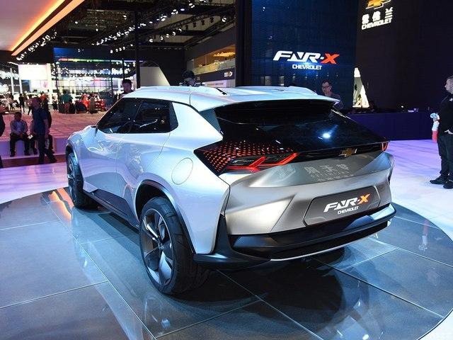 Chevrolet FNR-X - Xe crossover cực ngầu nhưng chỉ ra đời cho vui - Ảnh 10.