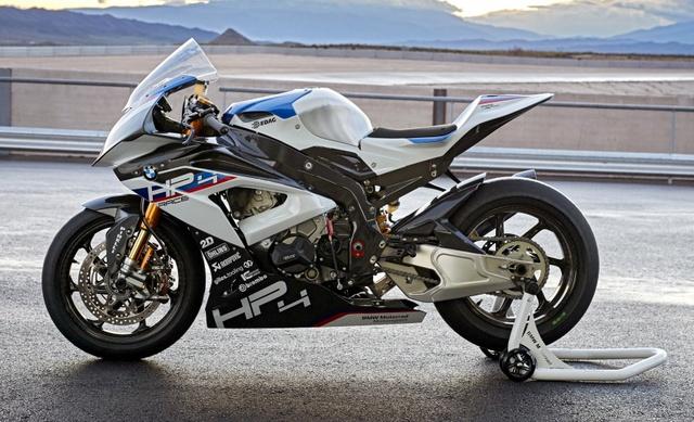 BMW HP4 Race 2017 - Mô tô phân khối lớn siêu nhẹ và công nghệ cao - Ảnh 3.