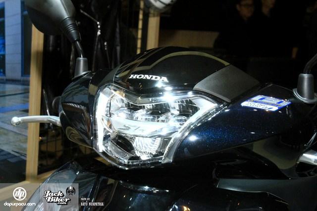 Honda SH150i 2017 sản xuất tại Việt Nam ra mắt Indonesia với giá rẻ hơn - Ảnh 4.