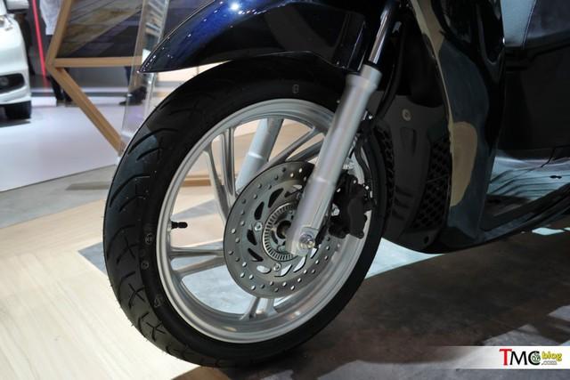 Honda SH150i 2017 sản xuất tại Việt Nam ra mắt Indonesia với giá rẻ hơn - Ảnh 9.