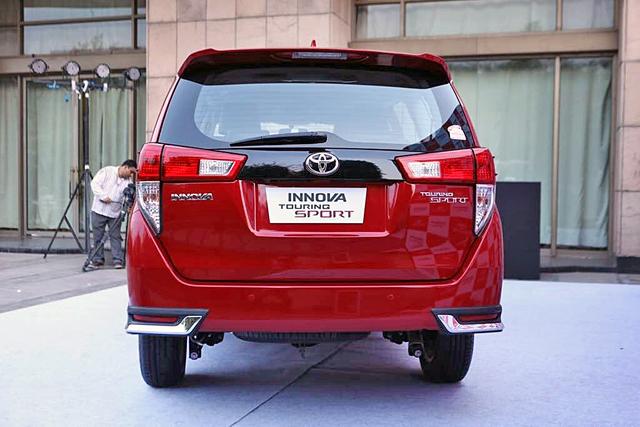 Toyota Innova bản cao cấp Touring Sport 2017 trình làng - Ảnh 3.