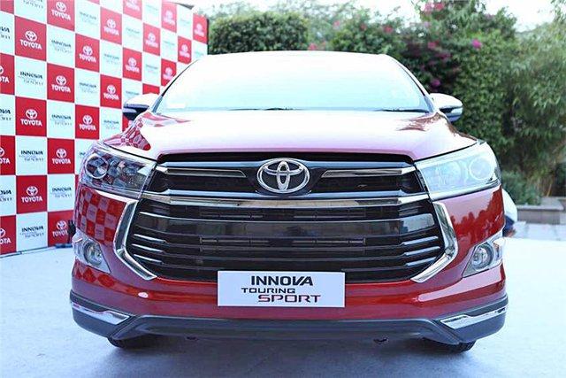 Toyota Innova bản cao cấp Touring Sport 2017 trình làng - Ảnh 4.