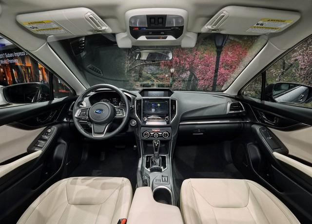 10 khoang nội thất ô tô đẹp nhất năm 2017 - Ảnh 10.