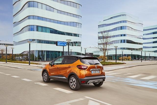 Crossover nhỏ mà có võ Renault Captur được nâng cấp nhẹ nhàng - Ảnh 5.