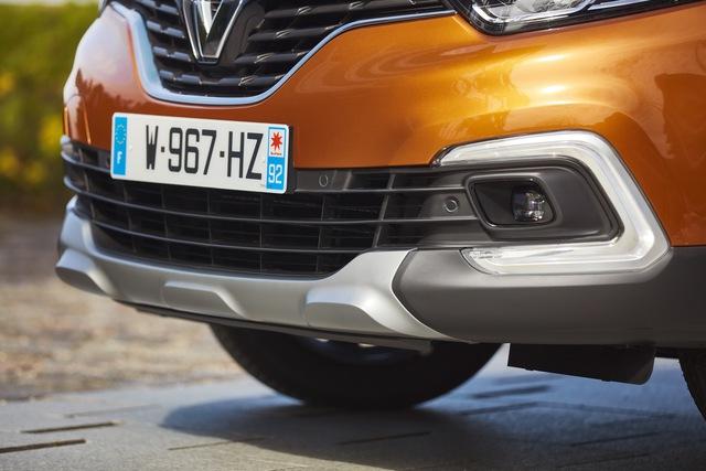 Crossover nhỏ mà có võ Renault Captur được nâng cấp nhẹ nhàng - Ảnh 10.