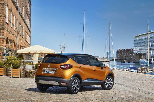 Crossover nhỏ mà có võ Renault Captur được nâng cấp nhẹ nhàng - Ảnh 13.