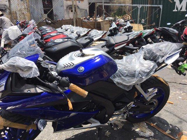 Lô mô tô thể thao Yamaha R15 3.0 2017 đầu tiên cập bến Việt Nam - Ảnh 1.