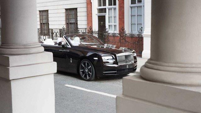 Làm quen với chiếc Rolls-Royce Dawn đặc biệt nhất thế giới - Ảnh 2.