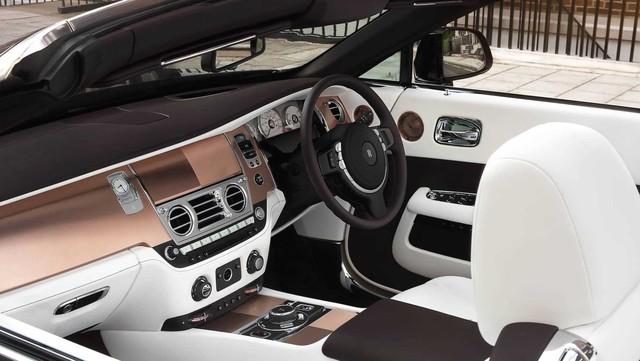 Làm quen với chiếc Rolls-Royce Dawn đặc biệt nhất thế giới - Ảnh 4.