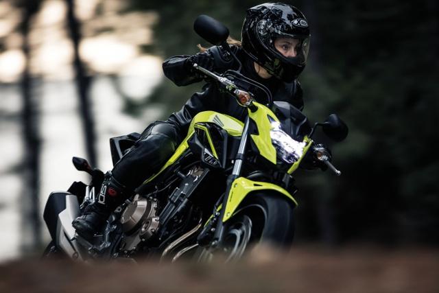 Cặp đôi mô tô tầm trung Honda CBR500R và CB500F 2017 ra mắt Đông Nam Á - Ảnh 11.