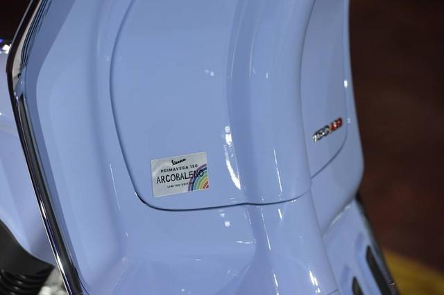Vespa Primavera 150 có phiên bản đặc biệt mới - Ảnh 4.