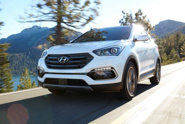 Hyundai giới thiệu Santa Fe 2018 với những thay đổi nhẹ nhàng - Ảnh 3.