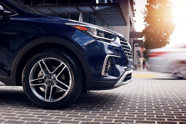 Hyundai giới thiệu Santa Fe 2018 với những thay đổi nhẹ nhàng - Ảnh 4.