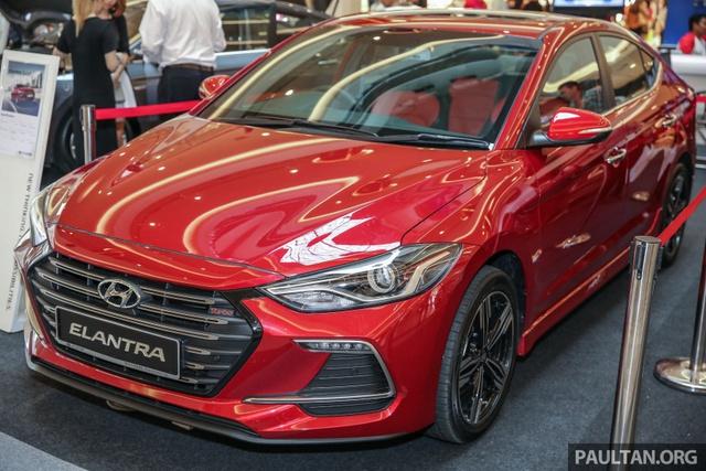 Hyundai Elantra 2017 có giá khởi điểm 637 triệu Đồng tại Malaysia - Ảnh 1.