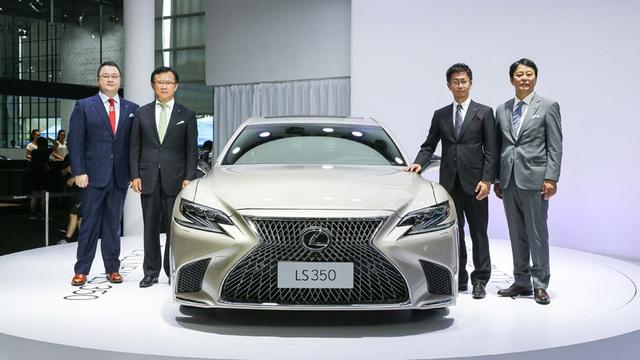 Sedan hạng sang cỡ lớn Lexus LS 2018 có thêm bản tiêu chuẩn mới - Ảnh 1.