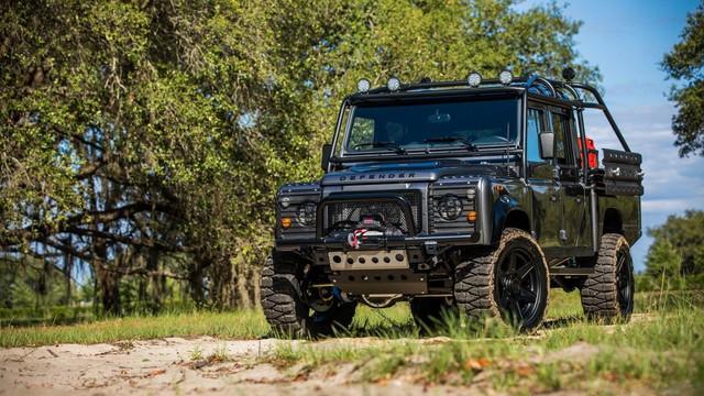Chiếc Land Rover Defender trong mơ của những người đam mê off-road - Ảnh 2.