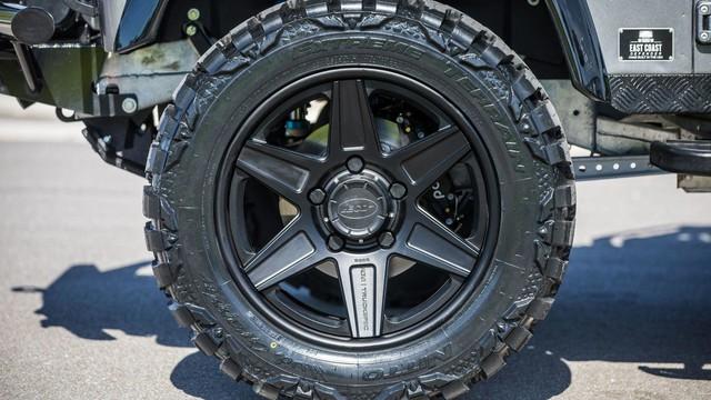 Chiếc Land Rover Defender trong mơ của những người đam mê off-road - Ảnh 6.