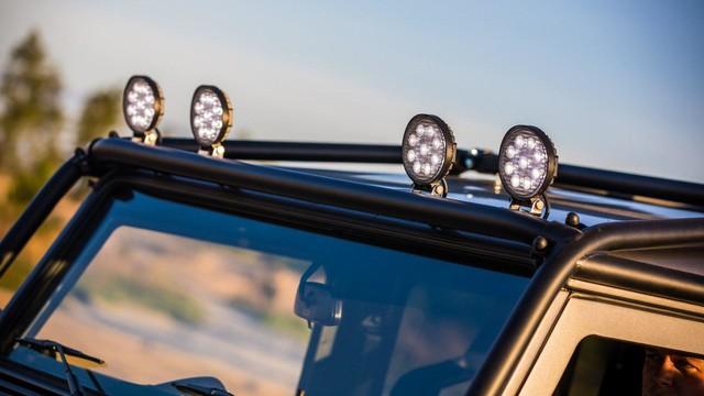 Chiếc Land Rover Defender trong mơ của những người đam mê off-road - Ảnh 8.